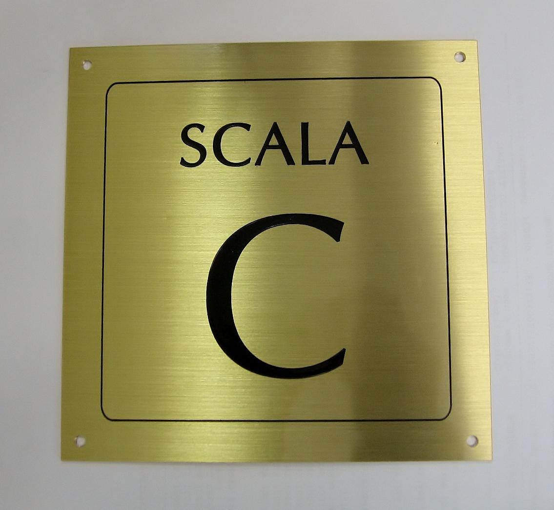 Numeri Civici In Plastica.Tetpero Numeri Civici In Metallo E Materiale Plastico